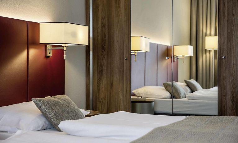 91e9da1257cde Austria Trend Hotel Europa Salzburgo. Rainerstrasse 31